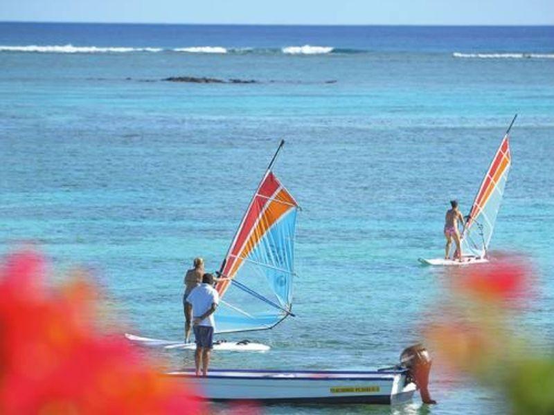 Beachtravel Summer Holidays Canonnier